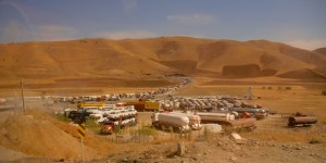 Queue of trucks at the Iranian border with Iraq