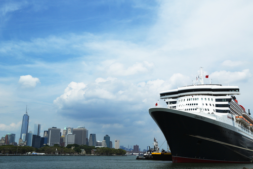 Queen Mary II at Brooklyn, New York