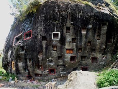 Toraja boulder cemetery