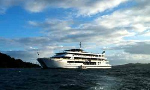 Cruise ship, Yasawa Islands, Fifi