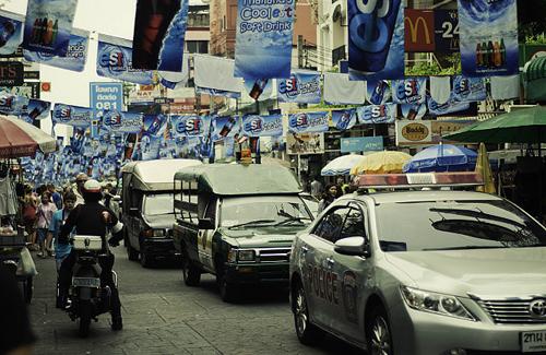 Thai new year traffic