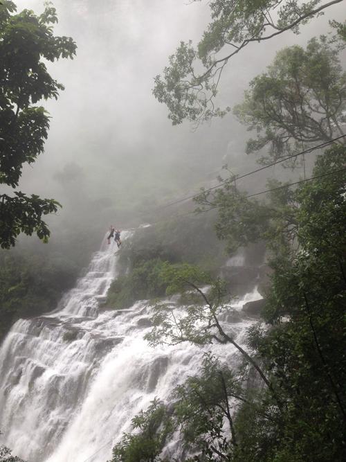 Zipwire, Laos