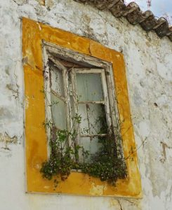 old window, Algarve
